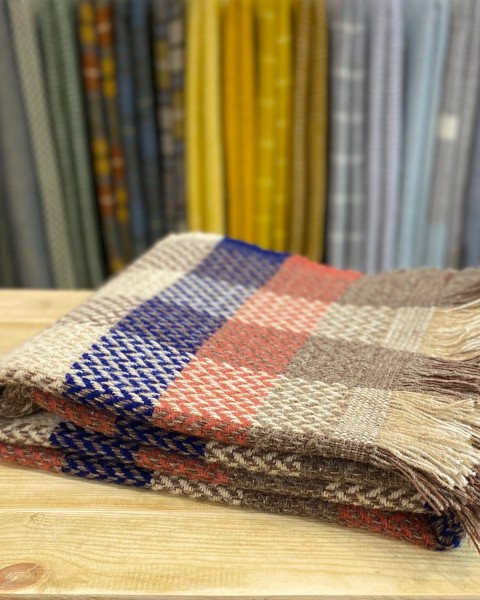 All Wool Celtic Weave Check Throw Home & Living