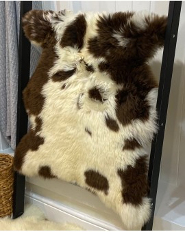 Large Jacob Sheepskin Rug - No 34