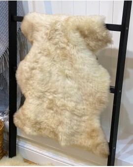 Medium Rare Breed Sheepskin rug - No 47