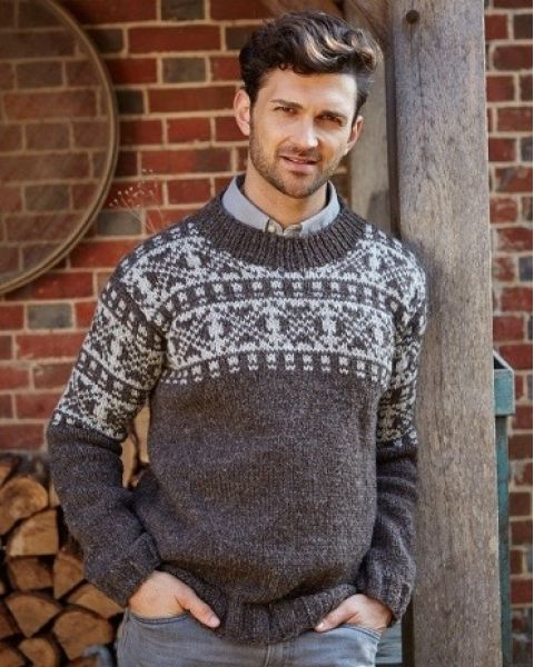 Mens New England Sweater Knitwear