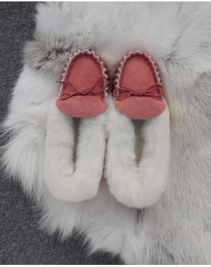 Ladies Pink Sheepskin Lined Moccasin Slippers - Soft Sole Moccassin Slippers