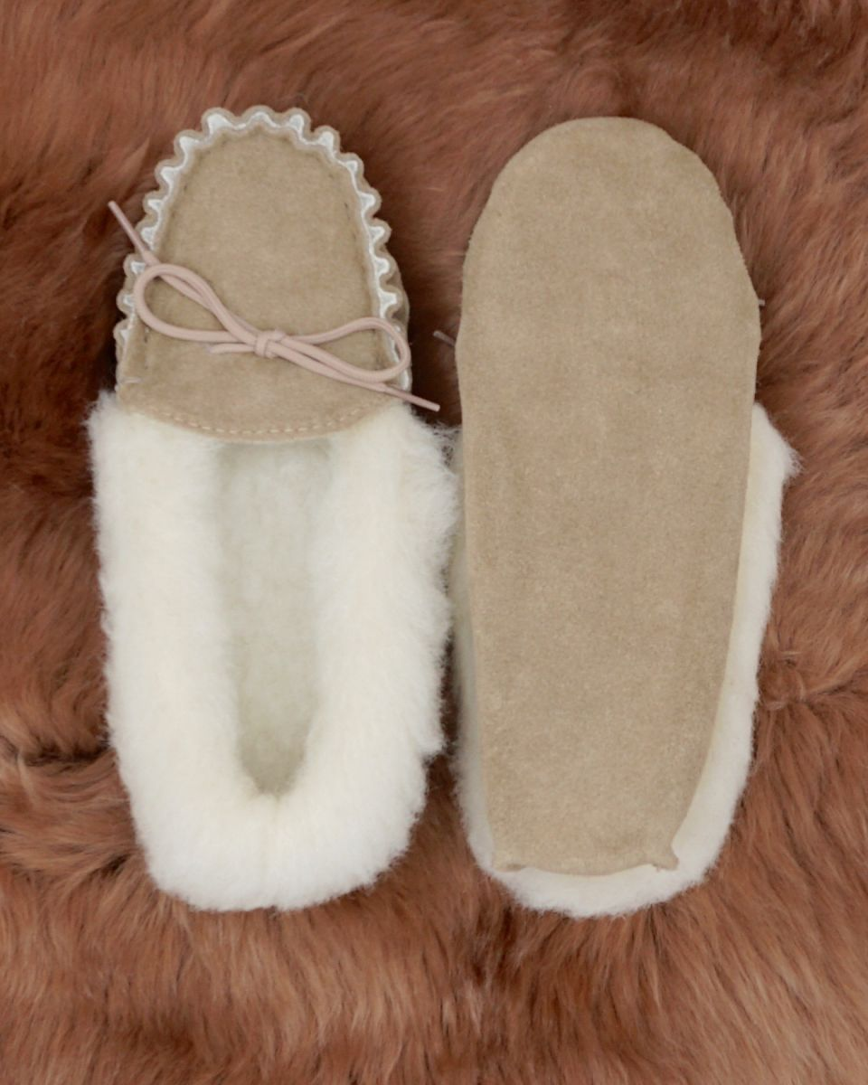 how to clean lambswool slippers